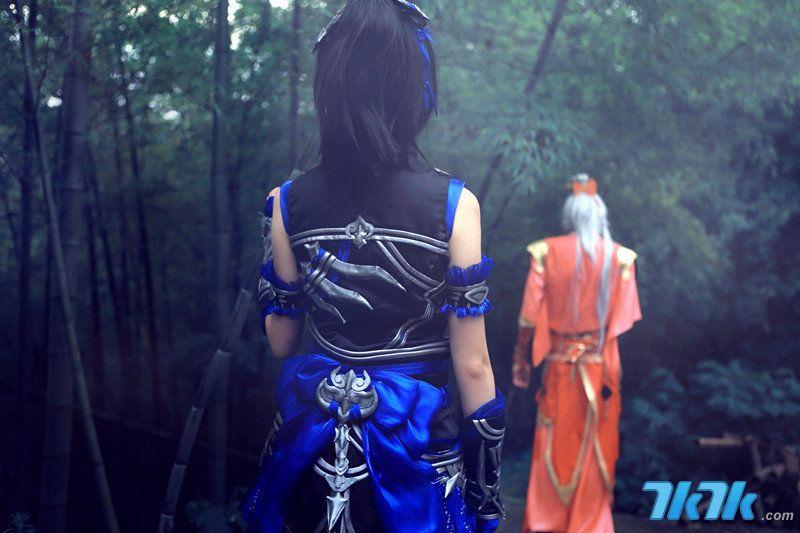 剑网三唐门萝莉cos 美少女调戏真熊猫