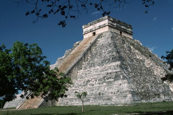 游客已涌入库库尔坎神庙金字塔等考古遗址