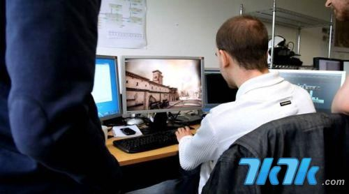 欧洲游戏媒体Eurogamer今日报道,游戏研发商Creative Assembly正在研发的新作《罗马2:全面战争》中放入了一位特别的士兵,以纪念一名最近因为肝癌去世、年仅24岁的游戏支持者詹姆斯。
