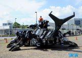 这台机械巨兽在面向公众公开前,一直静静地躺在高桥均家的车库里,高桥均用11年的时间慢慢将Kabutom RX-03打造地趋于完美。