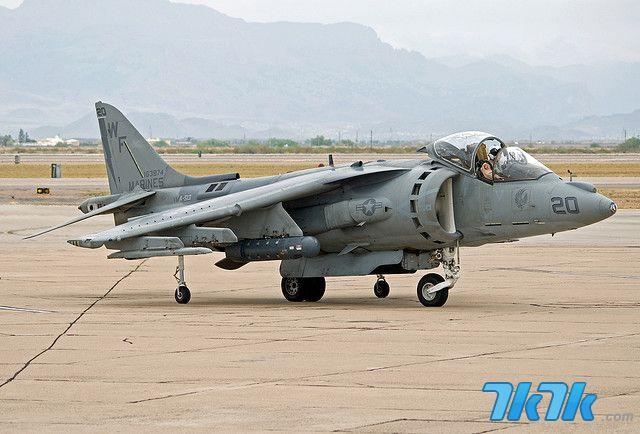 《炽热战地》飞行器介绍之鹞式战斗机