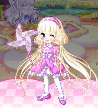 手绘粉色衣服娃娃